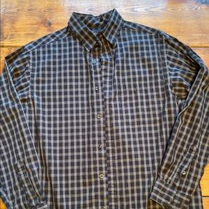Men's roundtree & Yorke casual button down M